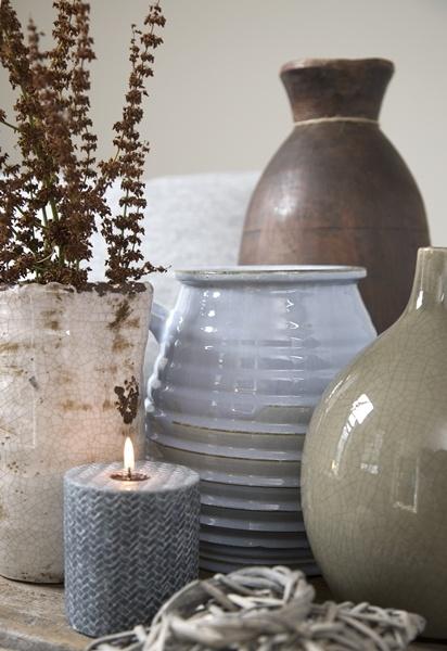 Vazen en kaarslicht