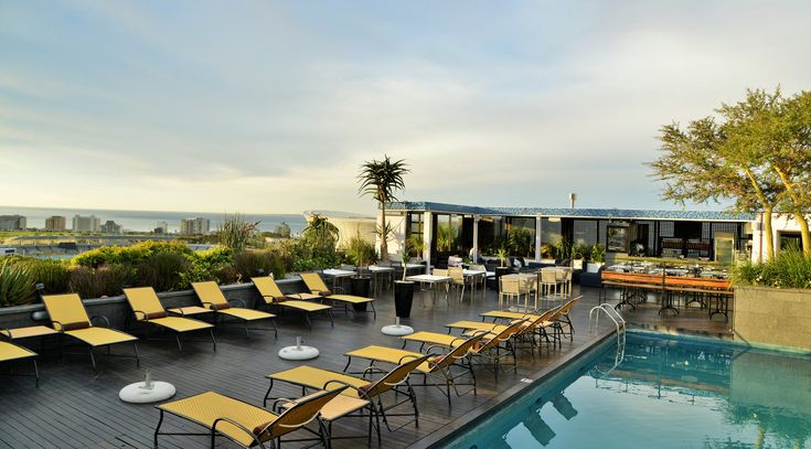 Zenith Sky Bar Cape Town