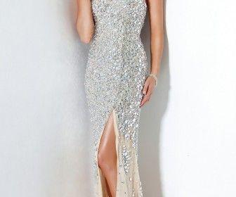 Βραδινά Φορέματα 2012 για τη γαμήλια δεξίωση