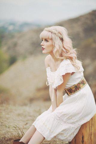 Bridal crown, Boho flower headpiece, baby's breath, wedding hair band - WHISPERS