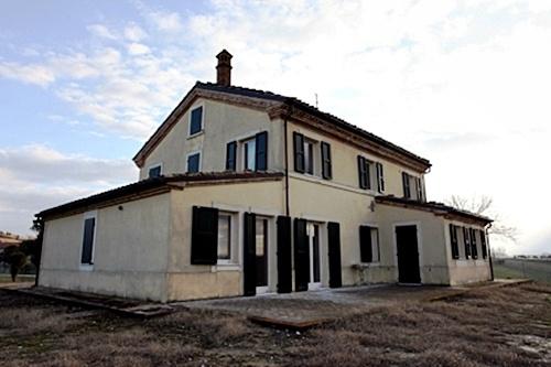 Casolare ristrutturato in affitto a Senigallia
