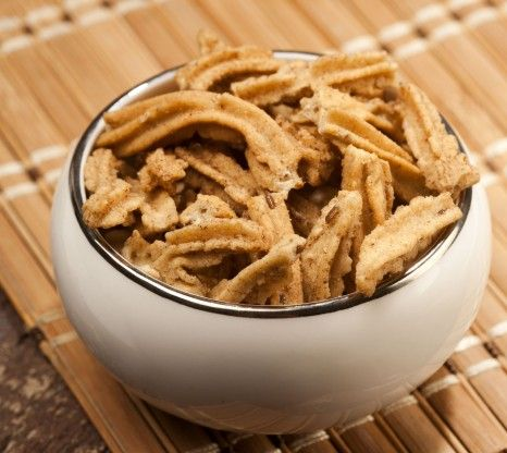 Roasted diet snacks have low fat, calorie content and high protein and fibre content. BrownTree Jowhar Sticks are maize sticks packed with t...