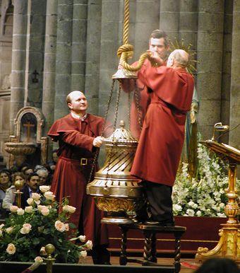 """Placing the """"botafumeiro"""", Santiago de Compostela, Galicia, Spain."""