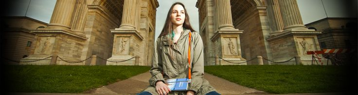 Travel shoulder bookmark:   you can use it everywhere. Showing the cover of your new bag you will tell something about you. The special shoulder strap and the safety stretch help you never lose your book, your page or your bus stop. Read your favourite novel, write your diary or have a look at the guide of the city you're visiting with your hands free. Much more than bookmark.