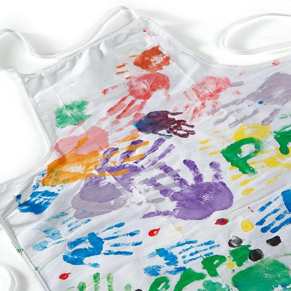 realiser un tablier color u00e9 pour la f u00eate des p u00e8res  u00e0 faire avec les enfants de   3 ans  une id u00e9e