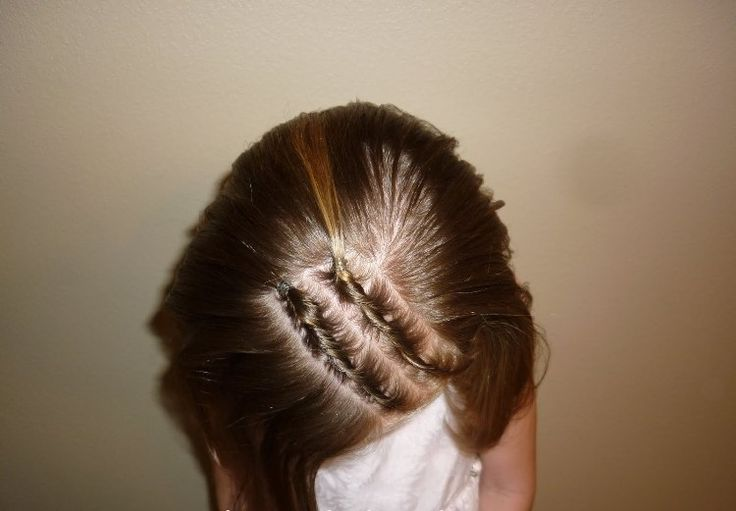 25 Best Ideas About Easy Kid Hairstyles On Pinterest Easy Girl Hairstyles Kid Hairstyles And