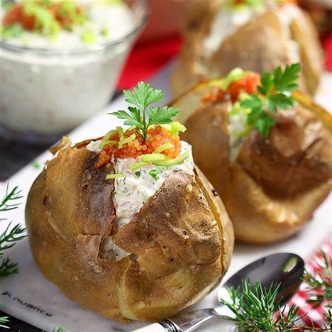 Bakad potatis med laxröra