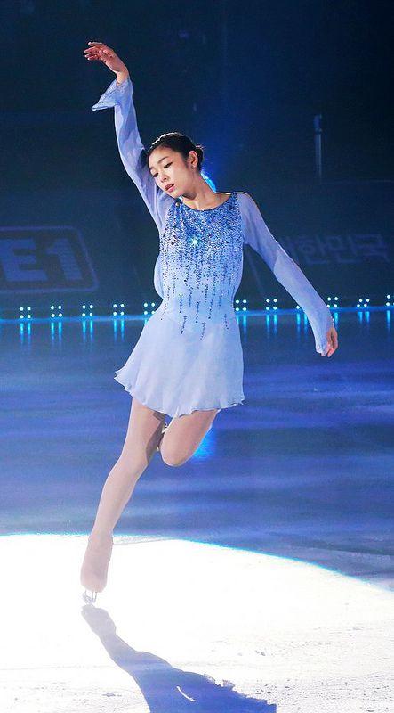 All That Skate Spring 2012 / Queen YUNA KIM, Blue Figure Skating / Ice Skating dress inspiration for Sk8 Gr8 Designs.