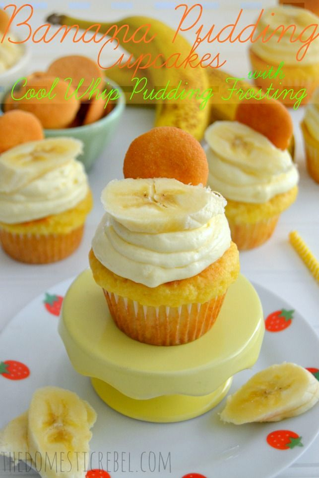 Banana Pudding Cupcakes with Cool Whip Pudding Frosting | The Domestic Rebel
