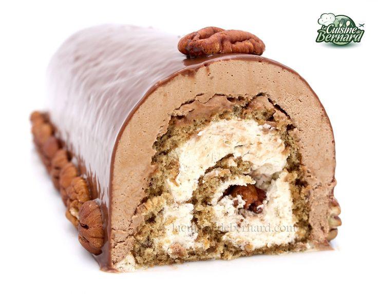 La Cuisine de Bernard : Bûche noix de pécan caramélisées, sirop d'érable et chocolat au lait