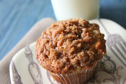 Banana crumb muffins