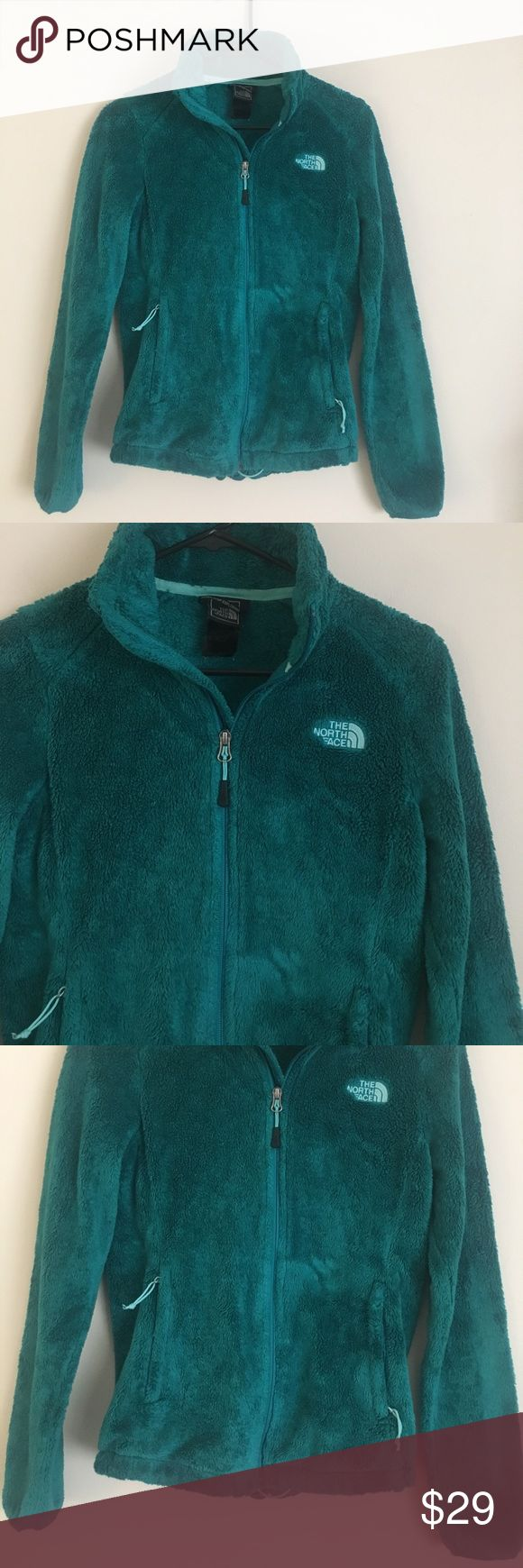 North Face XS Kelly green zip up fleece jacket Trendy fun and warm North Face XS Kelly green zip up fleece jacket with two front side zip pockets. North Face Tops Sweatshirts & Hoodies