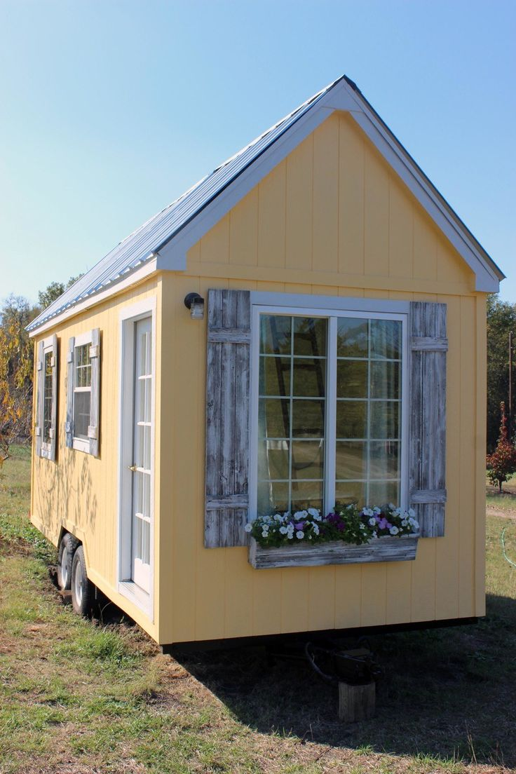 This tiny house is truly a labor of love! I custom built this tiny house for my mother to move into, but she changed her mind and decided to stay in her home state. It has never been lived in. At 8′ x 20′, this tiny house on wheels features a downstairs bedroom in addition…