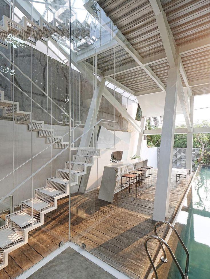 Gallery of Slanted House / Budi Pradono Architects - 13