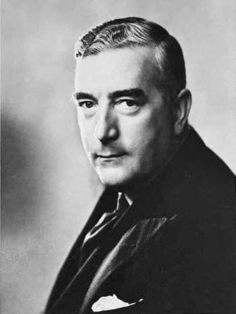 Robert Gordon Menzies,Australian politician, the Australian Prime Minister who is in power for the longest time and the founder of the Australian Liberal Party.(Lucky)