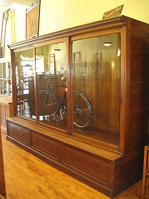Best 26 Best Images About Antique Furniture Store Display 400 x 300