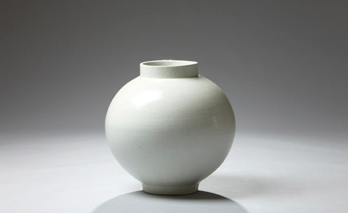 1000 Images About Korean Moon Jar Shaped Pots On