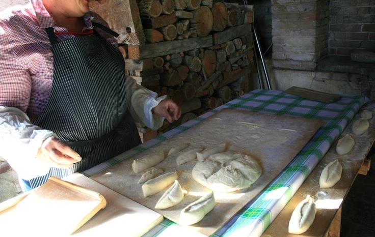 A La Monfortina si può fare anche il pane come una volta by @Criss Cibrario