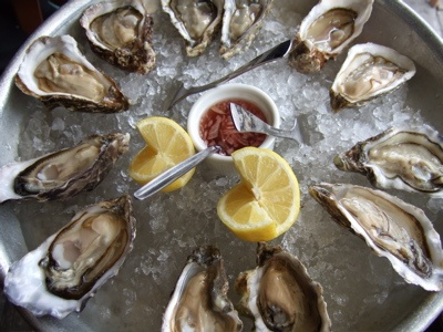 Fresh oysters: Hungry Hippo, Favortie Foods, Www Matchingfoodandwine Com, Hungry Hungry, Favorite Foods, Mermaid