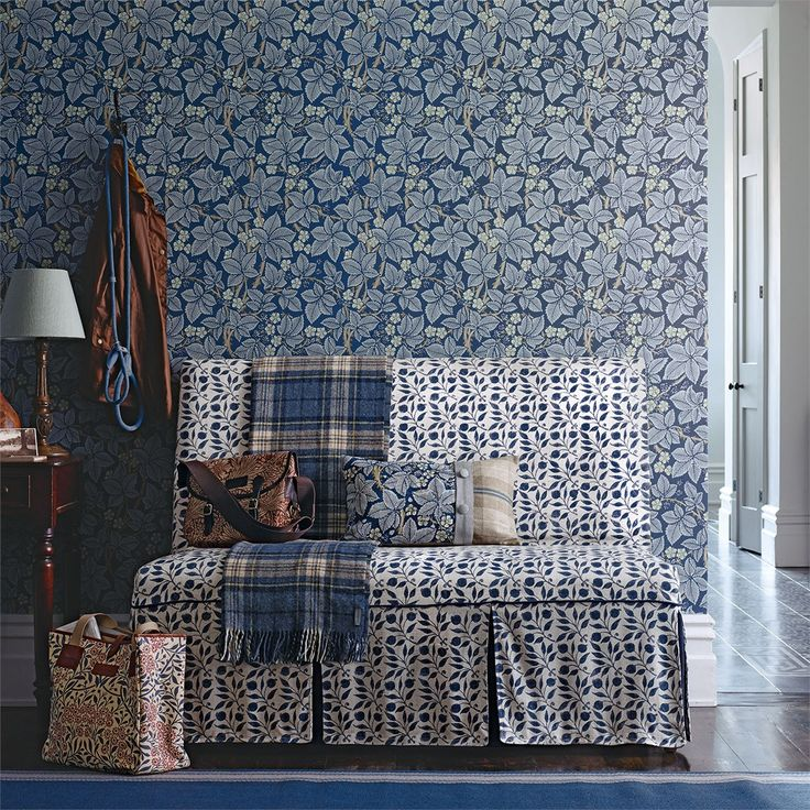 The Original Morris & Co - Arts and crafts, fabrics and wallpaper designs by William Morris & Company | Products | British/UK Fabrics and Wallpapers | Bramble (DM3W214696) | Archive III Wallpapers
