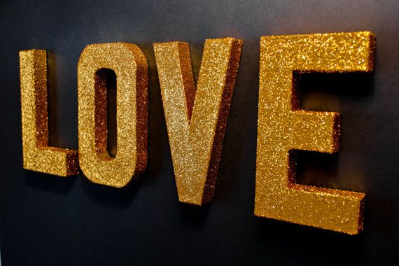 Make gold glitter letters like this for my wall