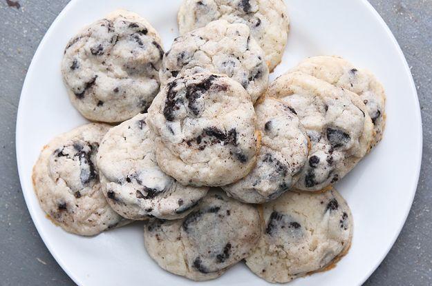 Cookies & Cream Cheesecake Cookies | 200 calories/cookie