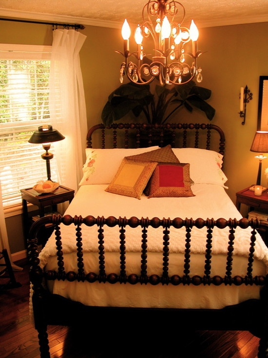 tropical small house design pictures remodel decor and ideas page 69 small bedroom layoutssmall - Bedroom Arrangements Ideas