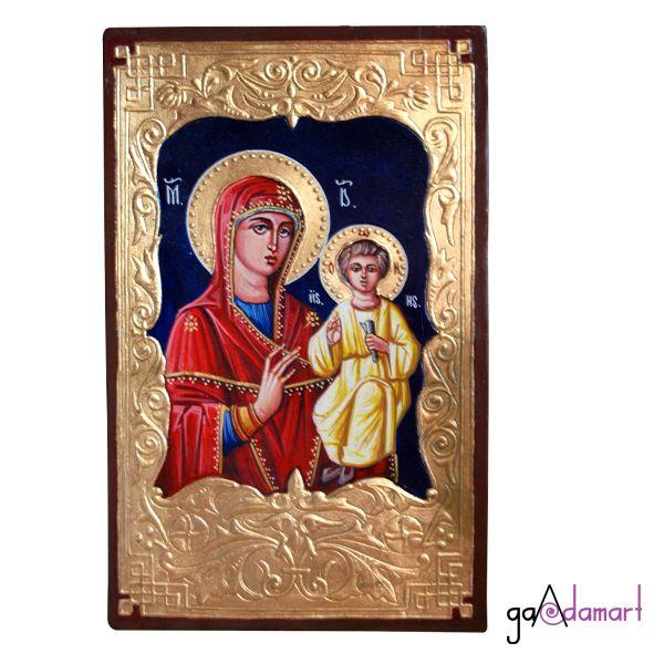 Icoana unicat pictata pe lemn, cu foita de schlagmetal aurie si stucatura miniaturala manuala, reprezentad-o pe Maica Domnului cu Pruncul