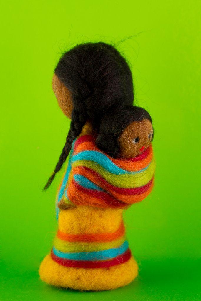 1003-1009bis muñeca con bebé