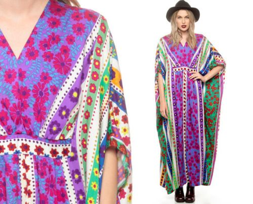 A kaftan looks good if it is designed to enhance your body type, thus making you look beautiful and perfectly dressed. Kaftans are available in various designs, and hence need to choose as per the...