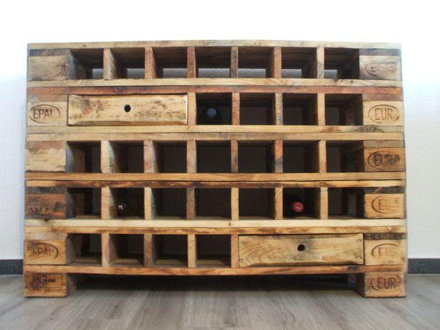 Holzpaletten Regal. Flurgestaltung Europaletten Ideen