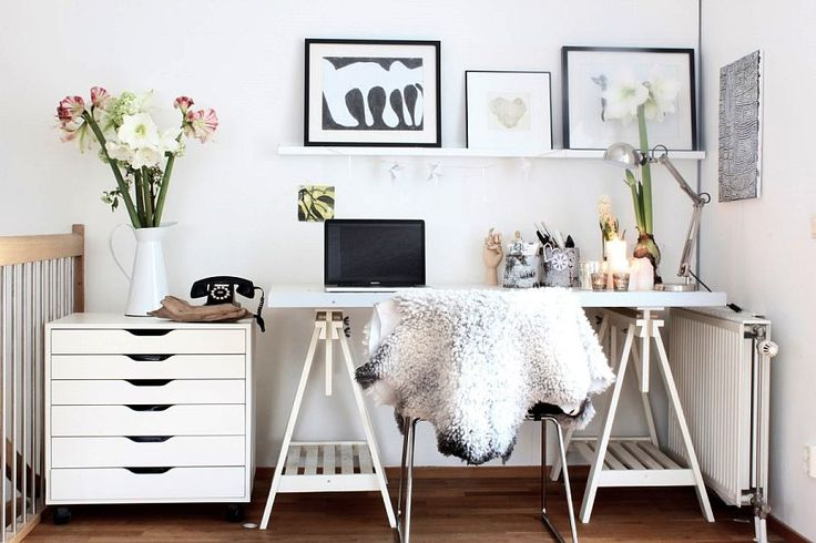 SEE ALSO Feminine Home Office Designs and How to Pull it Off