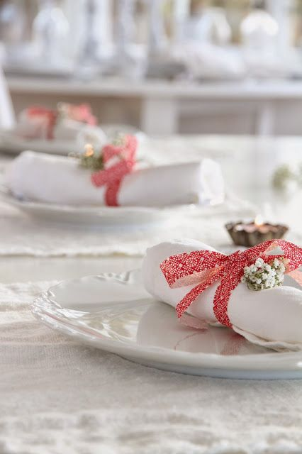 Plus de 1000 idées à propos de Table de Noël // Christmas Table ...