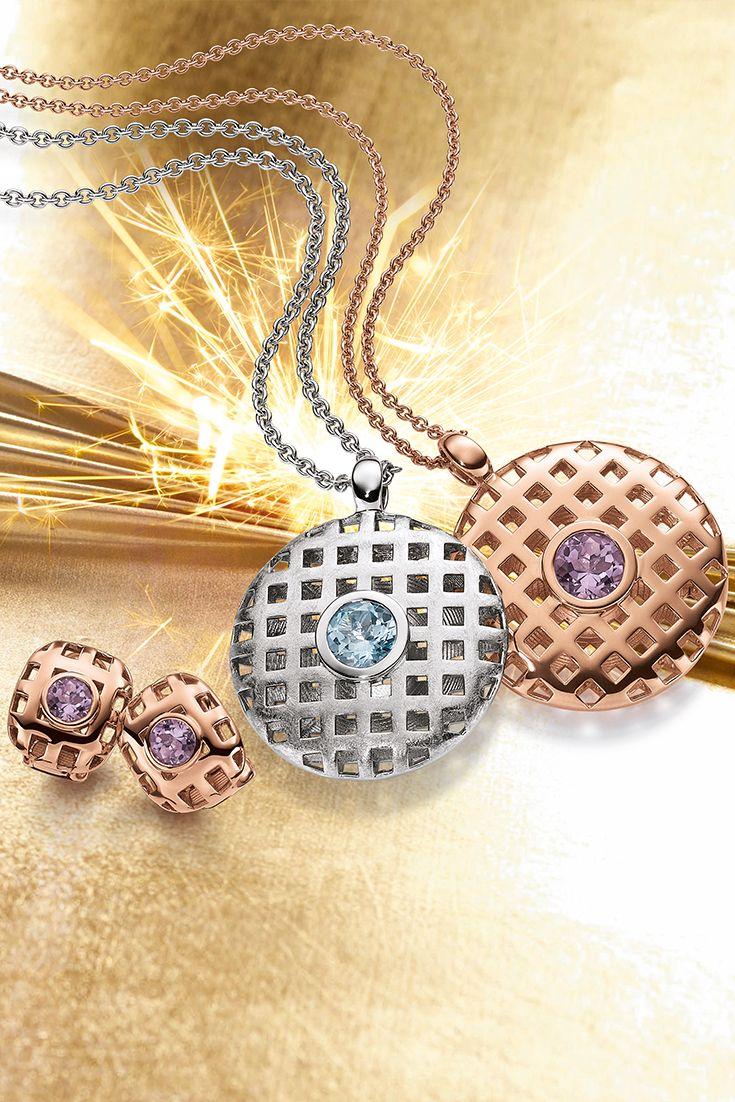 Mit diesen wunderschönen Schmuckstücken liegen Sie im wahrsten Sinne des Wortes goldrichtig. Der funkelnde Juwel bildet den glänzenden Mittelpunkt ihres Stylings.