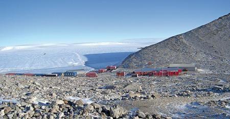 Napelem az Antarktiszon