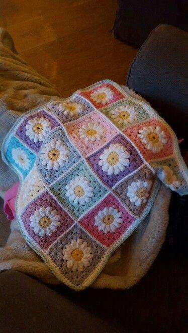 Poppendeken voor Roos #crochet #haken #dropsparis #daisy