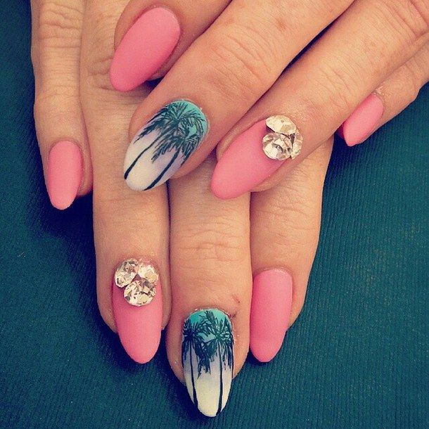 Pink with palm trees nails