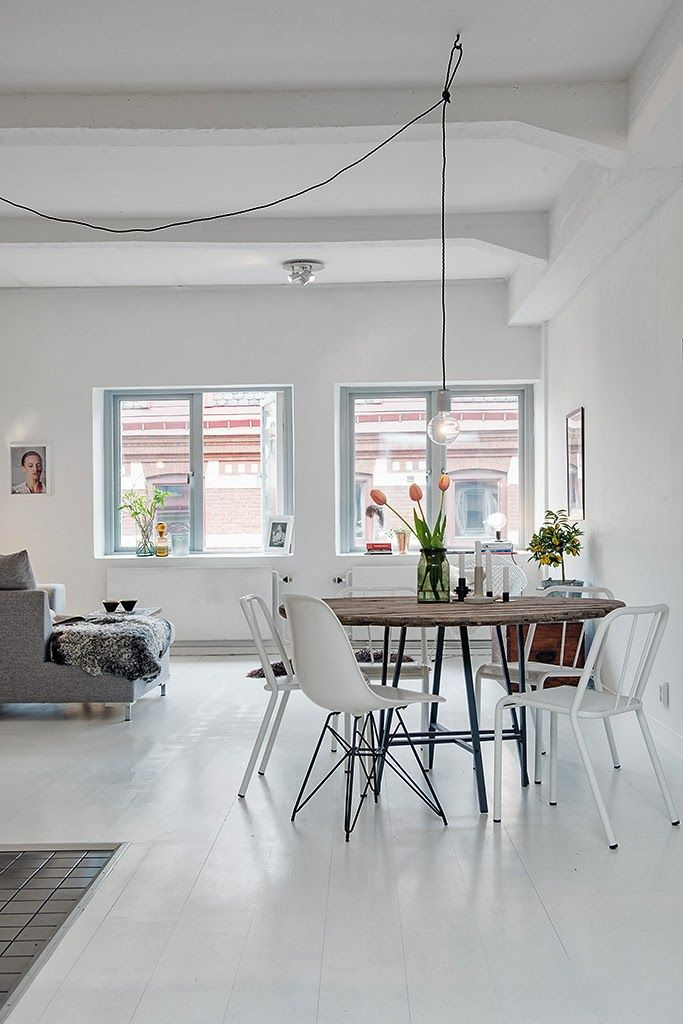 This Concrete Pendant Lamp brings ambience to your dining table. Stylish and minimalistic design with customizable colors to fit your personality and interior.