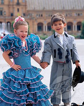 photo ... two adorable little kids ... Spanish traditional dress from Sevilla ...