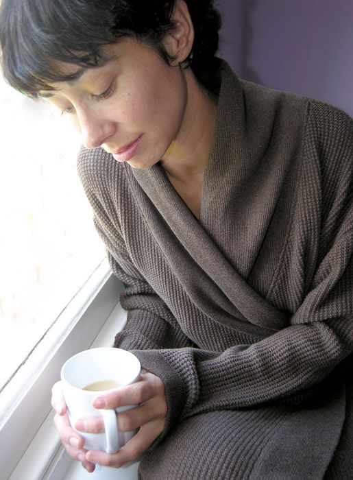 leisure and pleasure - knitted moss stitch dressing gown - luna lounge