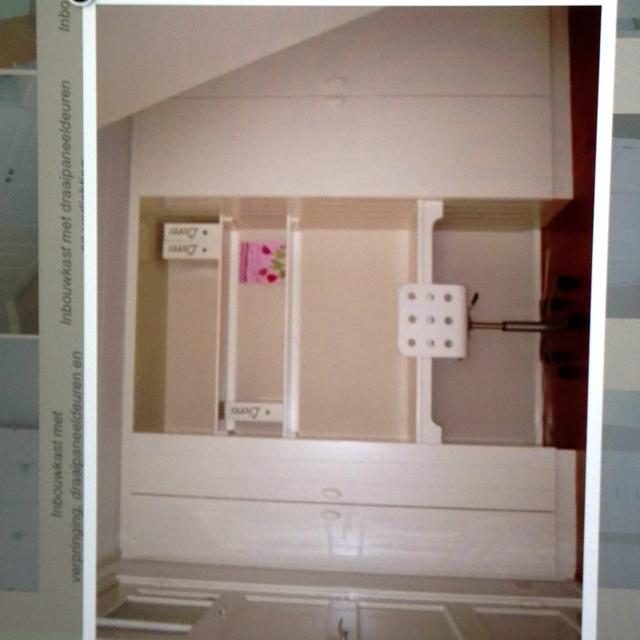 Decosier inbouwkast met ingebouwd buro