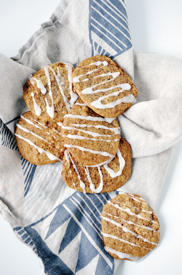 Vanilla Honey Cookies | lark & linen