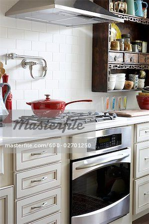 Stock photo of Stove in Kitchen Stock Photo; Premium Royalty-Free, 600-02701250 © Michael Alberstat / Masterfile. All rights reserved.