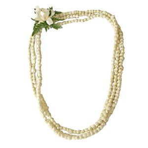 Pikake lei ~ the flower of the Philippines, means Jasmine, found in Hawaii ~~  sounds like MY kinda flower :)