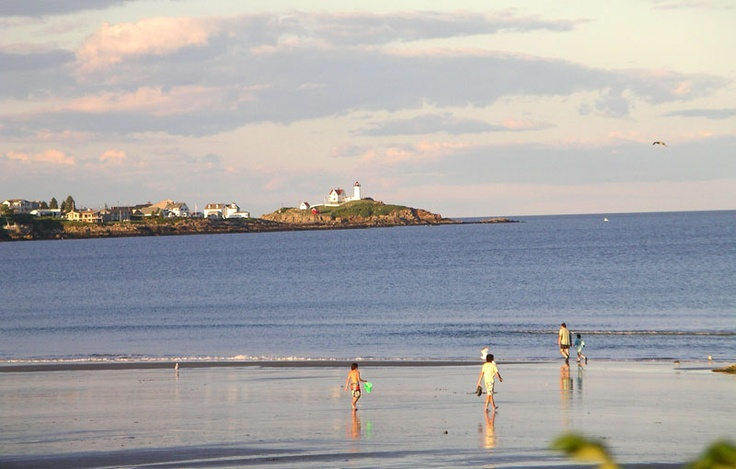 We love this shot of Long Sands Beach in York, with a beautiful view of Nubble Light! As seen on VisitMaine.net