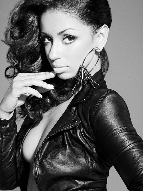 my obsession.. mya...and her hair ...