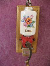 Moulin a cafe, moulin a cafe mural , moulin a cafe de dinette, jouet ancien