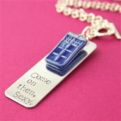 Doctor Who - Tardis necklace