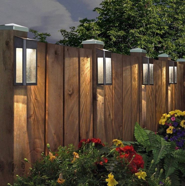 12 Garden Fence Decoration Ideas In 2020 With Images Solar