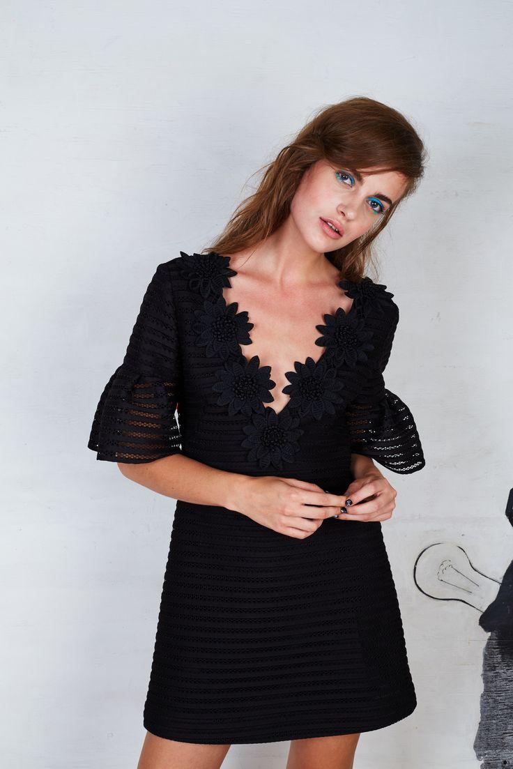Nanette Lepore Spring 2016 Ready-to-Wear Collection Photos - Vogue